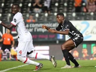 Charleroi profiteert van foute inschatting van Antwerp-doelman Butez en houdt puntje thuis: 1-1