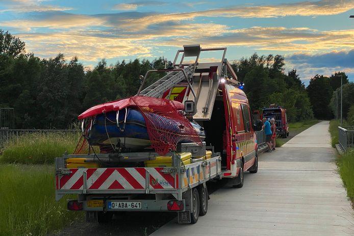 De brandweer stuurde onder andere een duikploeg van brandweerpost Wichelen ter plaatse.