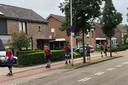 Zondagochtend zijn ook de skeeleraars onderweg voor De Maasdijk, in de Koornstraat in Oss.
