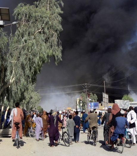 Taliban rukken verder op richting Kabul, Rutte in crisisberaad