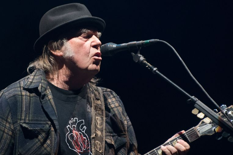 Neil Young Beeld AFP - Alice Chiche