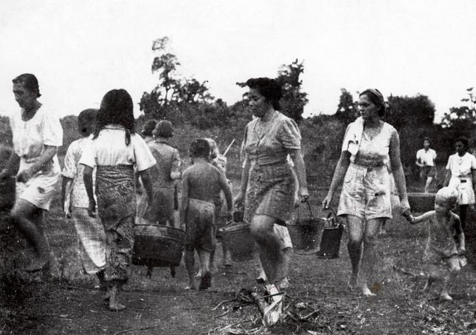 Japans kamp Kampili op Zuid Celebes, het huidige Sulawesi. De moeder van Reggie Baay was geïnterneerd in dit kamp.