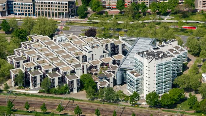 Beroemd Centraal Beheer-pand in Apeldoorn komt nog dit jaar weer vrij te staan