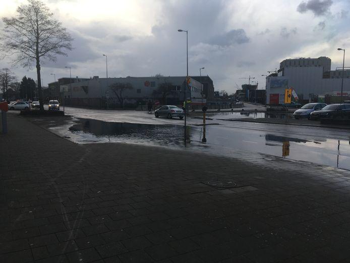 Ook op de Distelweg heeft het geregend.