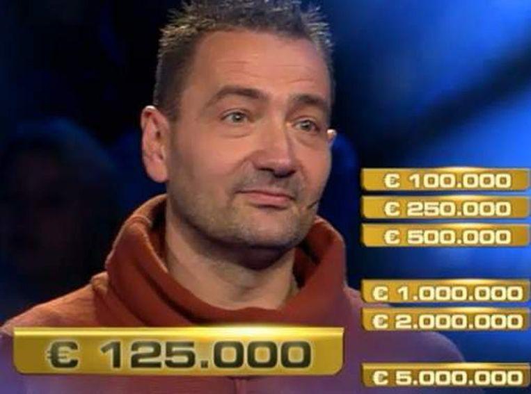 Arrold voor het moment dat hij op de rode knop drukte Beeld Videostill RTL