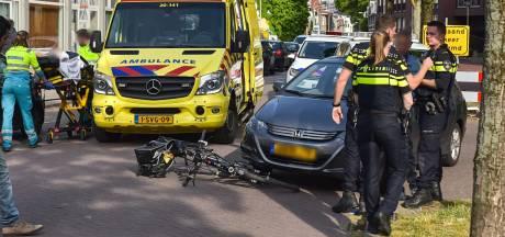 Oudere vrouw aangereden door auto in Tilburg, slachtoffer naar ziekenhuis