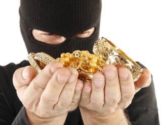 Inbrekers over de middag op zoek naar geld en juwelen in Zwevegem en Kortrijk