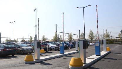 Landen is blij met nieuwe afspraken met NMBS over stationsparking