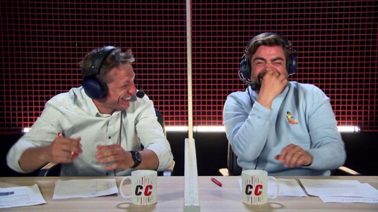 Pedro Elias en Wesley Sonck in 'De container cup' Beeld Vier