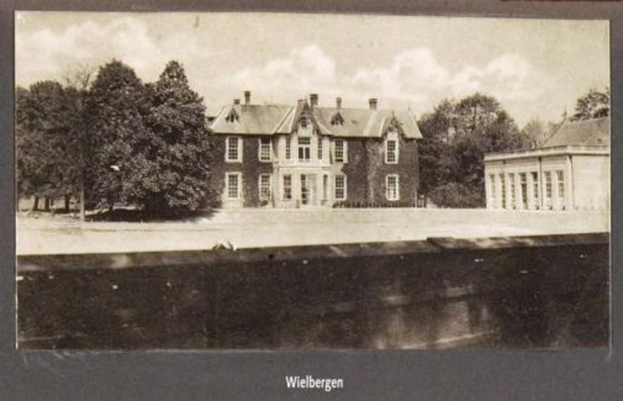 Aanzicht van landhuis Wielbergen begin twintigste eeuw.