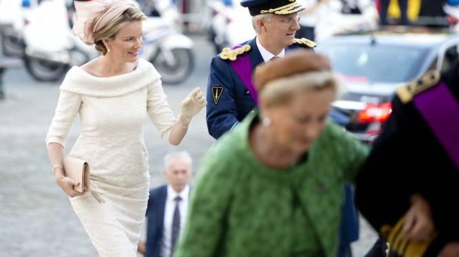 Mathilde draagt twee jurken van Natan op troonswissel