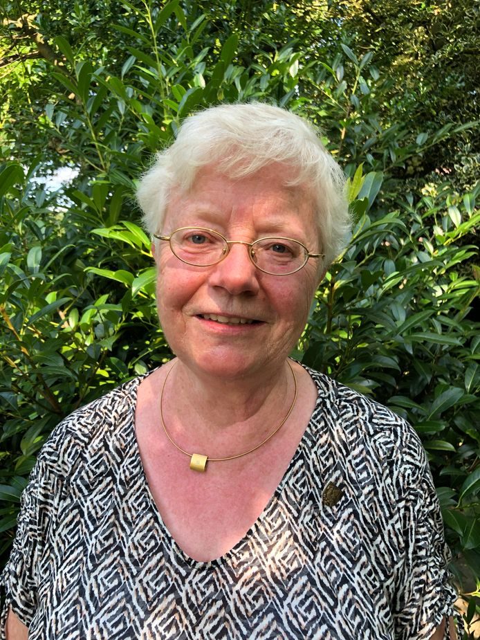 Marja Droomers (66) uit Berkel-Enschot ontving gisteren de Sint-Janspenning voor 35 jaar inzet voor de kerk en parochie in Berkel-Enschot.