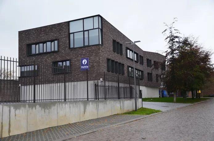 Le commissariat de police de Ninove.