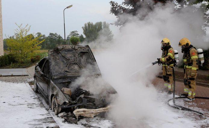 Autobrand in Empel.