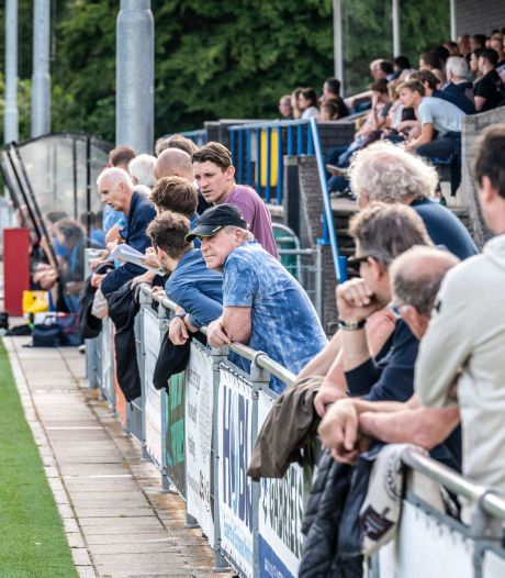 Streekderby Blauw Geel-UDI (2-1): 'Elk moment pakken met een zonnetje, een biertje en een beetje voetbal'