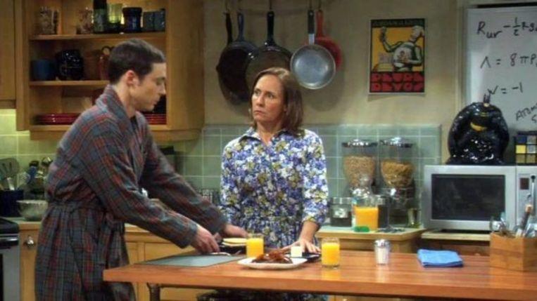 Er hangt een affiche van Petre Devos in de keuken van Sheldon en Leonard in 'The Big Bang Theory'. Beeld RV