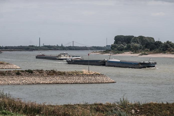 Deze zomer stond de Rijn bij Lobith ook historisch laag.