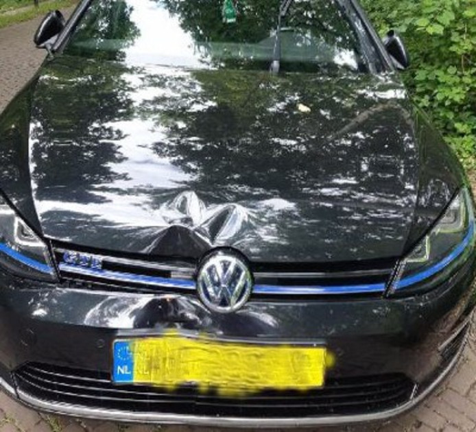 De aangetroffen auto.
