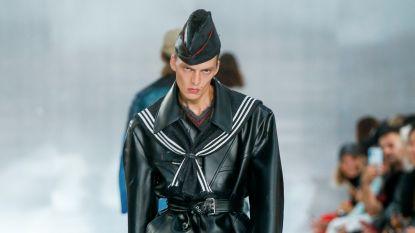 Weg met emotieloze modellen, poses op de catwalk zijn terug in