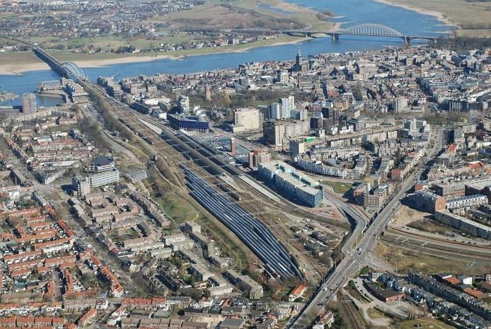 Nijmegen vanuit de lucht.