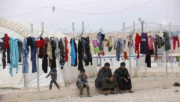 Een vluchtelingenkamp aan de Turks-Syrische grens. Beeld REUTERS