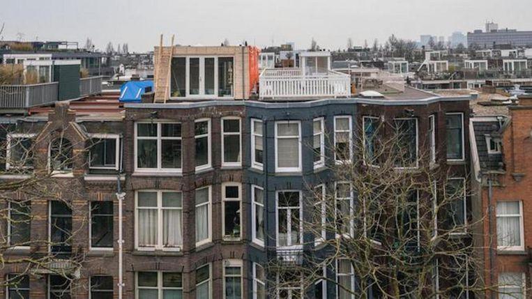Een dakopbouw in de Van Breestraat Beeld .