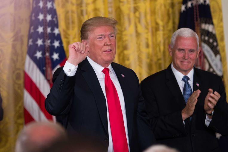 Op de National Space Council in het Witte Huis vroeg Amerikaans president Donald Trump aan een van zijn generaals om een Space Force op te richten als zesde tak van het leger. Beeld Photo News