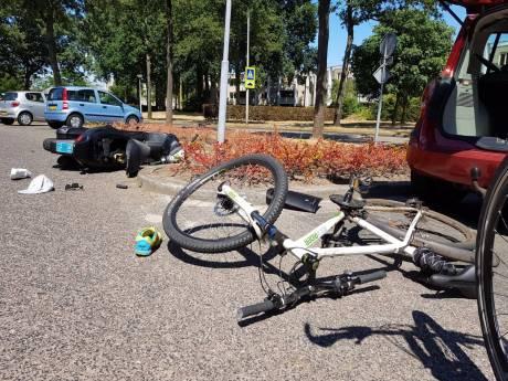 Overvallers stalen geld en scooter van Amersfoorter (50)
