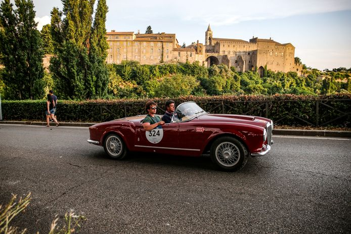 Deze Lancia Aurelia B24 Spider America Pininfarina komt uit 1955.