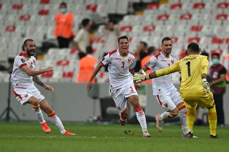 Verdediger Risto Radunovic (midden) heeft geschoord tegen Turkije.  Beeld AFP