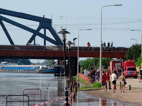 Bruggen van Zutphen kunnen binnenvaart niet bijhouden
