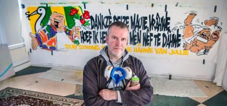 Den Haag hangt vol met Haagse Harry's: 'Het voetbal staat stil, de doeken gaan door'