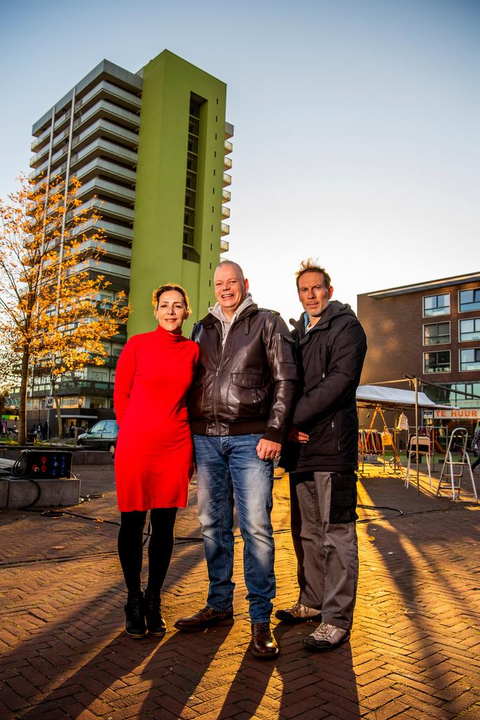 Mirjam Gonsalvez, Miro Schäfer en Norbert Swaneveld (rechts) zaten een jaar geleden in het geheime Rotterdamse PVV-klasje.