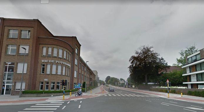 Het RVT Pottelberg, aan het kruispunt met de Condédreef.
