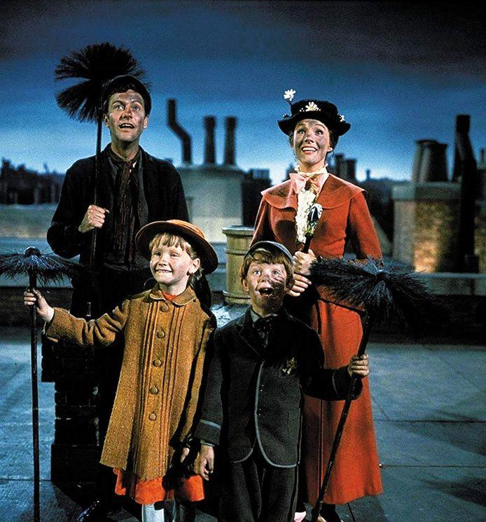 Dick van Dyke, Julie Andrews, Karen Dotrice en Matthew Garber