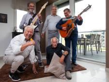 57 jaar later en de band is terug. En leden The Golddiggers smeden gelijk maar nieuw plannetje