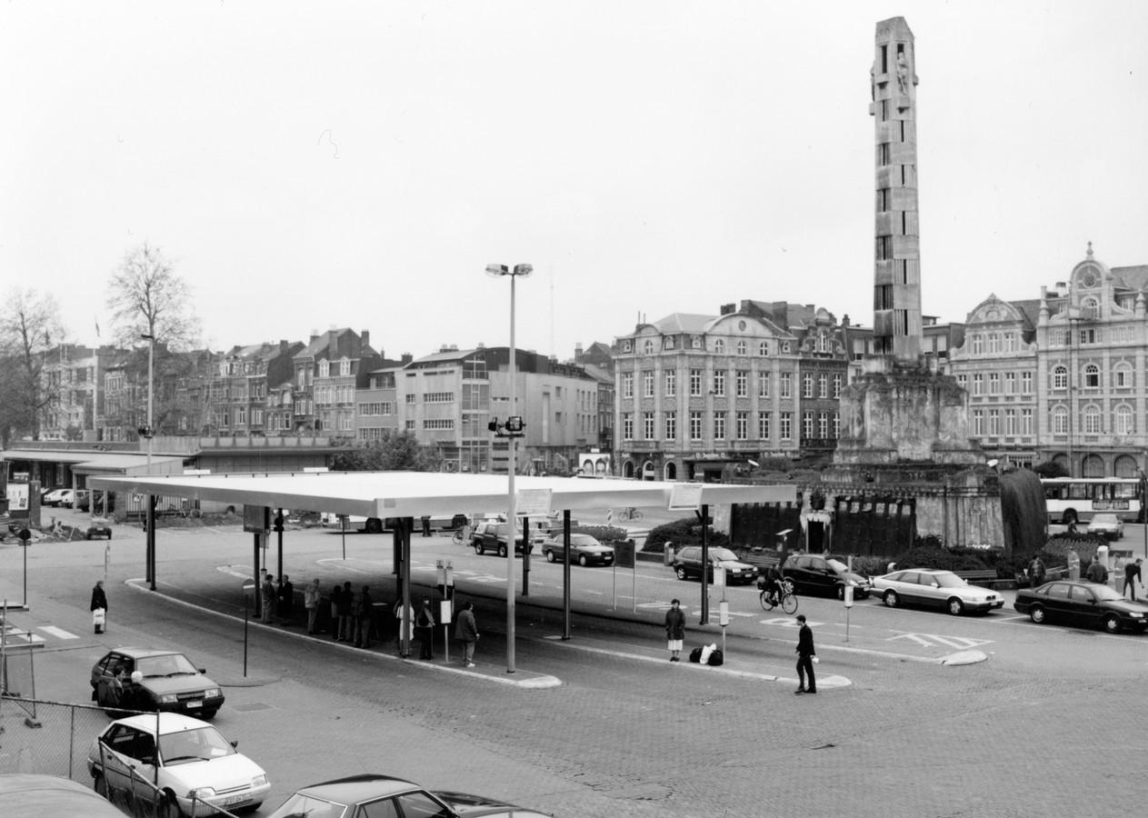 Het Martelarenplein voor de stadsvernieuwing werd ingezet.