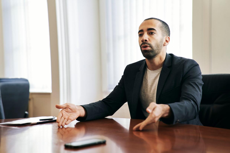 Sammy Mahdi: 'Als Theo Francken goede voorstellen heeft, zal ik luisteren en die zelfs verdedigen op de ministerraad.' Beeld Joris Casaer