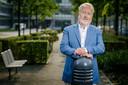 """RIVM-directeur Jaap van Dissel ziet dat de coronadiscipline verslapt. ,,Negen op de tien mensen met klachten gaat nog naar buiten."""""""