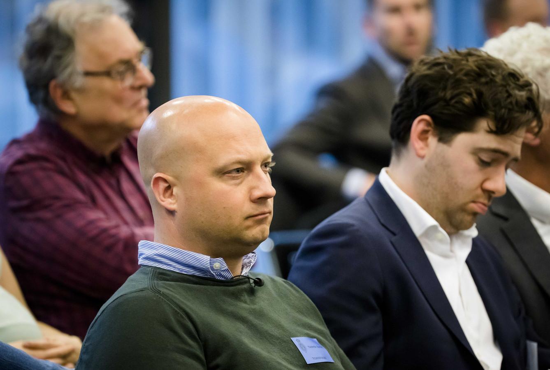 Edwin Renzen, directeur van Stint Urban Mobility, tijdens een algemeen overleg met Tweede Kamerleden over de elektrische bolderkar.