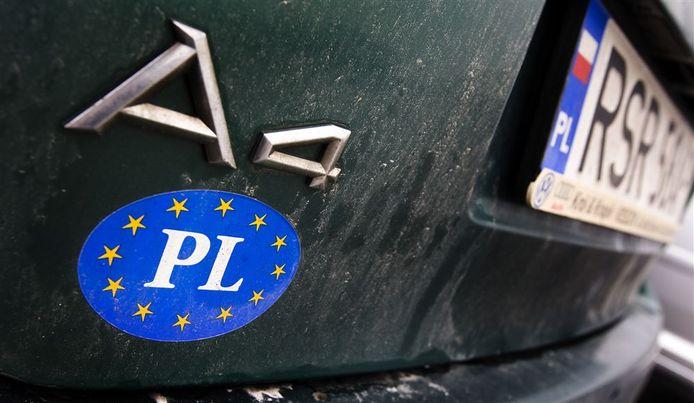Sticker op auto van Poolse werknemers, foto ter illustratie.