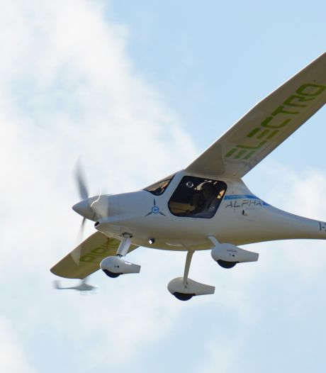 Actiegroep voelt zich overvallen door plan voor lijndienst met elektrische vliegtuigjes: 'Dit is waanzin'