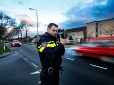 Automobilisten trappen gaspedaal in door mooi weer en lege wegen: 'coronaracers' massaal op de bon