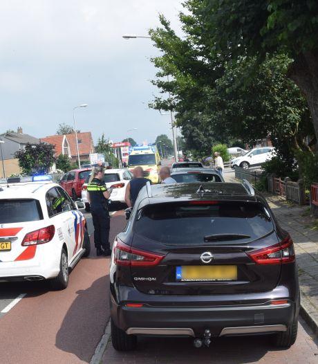 Auto's botsen tegen elkaar in Westerhaar