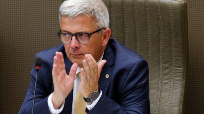 Rijbewijs parlementsvoorzitter Kris Van Dijck ingetrokken na ongeval én positieve ademtest