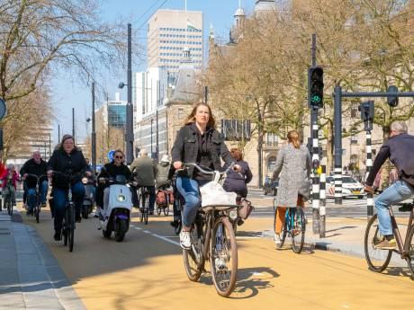 Kritiek op nieuw fietspad Coolsingel: te smal en te veel knelpunten