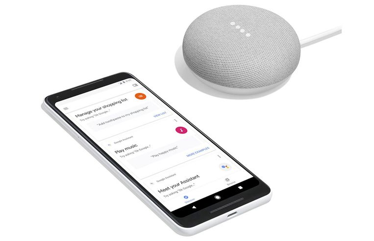 De nieuwe Google Home Mini, een kleine luidspreker met een virtuele assistent. Beeld Google Home