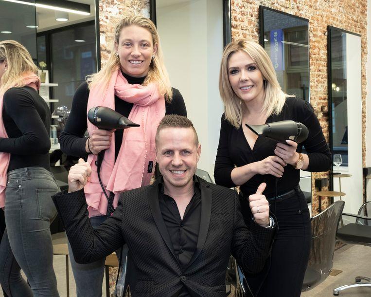 Jochen poseert met Yanina Wickmayer en Silvy De Bie.