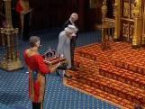 Queen Elizabeth voor eerst in het openbaar sinds dood Philip