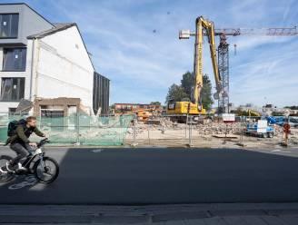 """Ongerustheid over impact van nieuwe woonprojecten in Kapellestraat: """"Waterhuishouding staat nu al onder druk"""""""